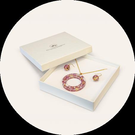 Unikátny set živicových šperkov